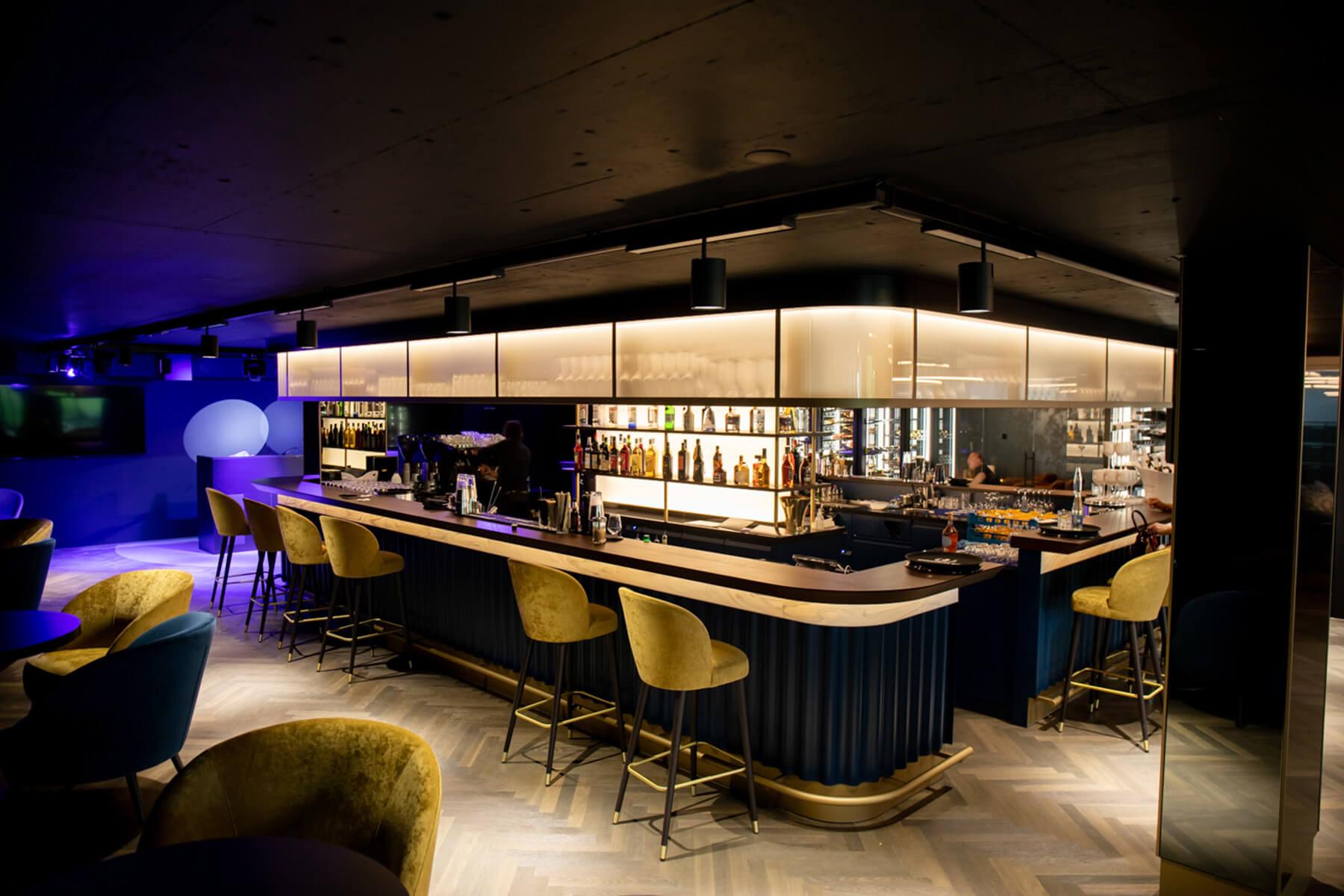 atlantis-bar-smokers-lounge-pfaeffikon-sz-18