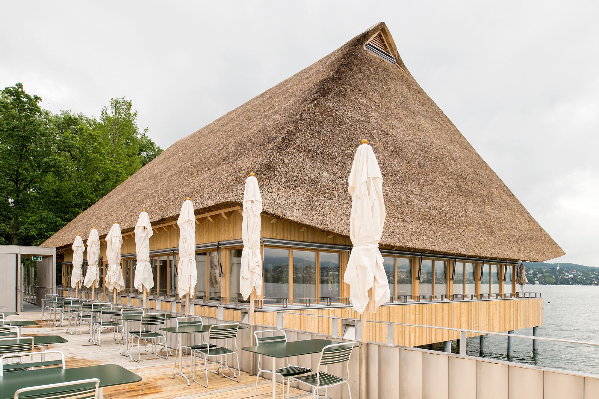 Restaurant Fischerstube mit Seeterrasse. (Bild: Juliet Haller, Z